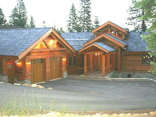 Gorgeous 5Br/6.5Ba Luxury Home Great for Families ~ RA134225, Truckee