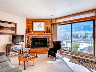 No Cleaning Fees! Kids Ski Free! 1Br Condo Lakeside Village ~ RA134211, Keystone