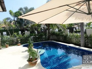 Villas for rent in Hua Hin: V6301