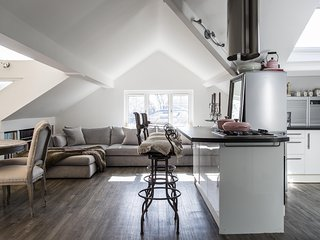 onefinestay - Netherhall Gardens III private home, London