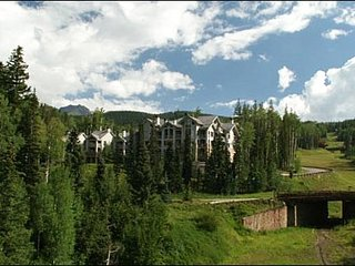 Close to the Double Cabin Ski Run - Stunning Mountain Views (6280), Telluride