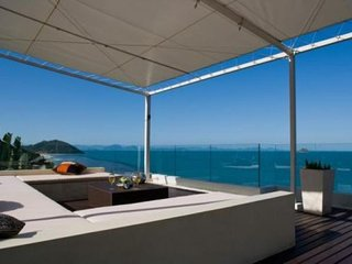 2039 - Beachfront luxury with Thai chef service