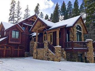 Charming and rustic Peak 8 luxury home 5 minute walk to ski run, Jefferson