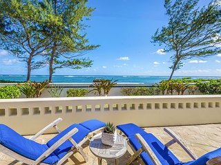 'HEAVENLY BEACH HOME', ENJOY OCEANFRONT LIVING, BEAUTIFUL SUNRISE VIEWS!