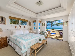 HEAVENLY BEACH HOME, SUNRISE, OCEANFRONT AIR CONDITIONING! TVNC5057
