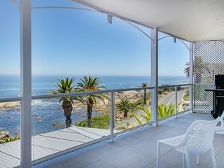 Nelson Villa, Camps Bay