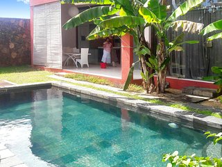 Beautiful, 1-bedroom villa in Pointe aux Piments with a private swimming pool – 1.5km from the beach!, Pointe Aux Piments