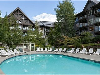 Ski in/Out - Outdoor Pool and Hot Tubs  / 214925