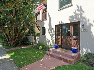 Classic Spanish-Style apartment in lovely Peninsula Point neighborhood(68253), Newport Beach