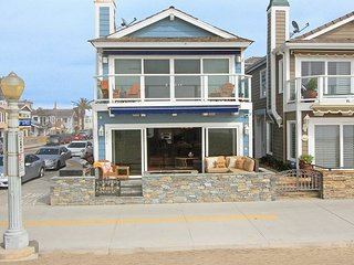 Ocean Front Home, Private Patio & Balcony, Amazing Views! Monthly Rental Only, Newport Beach