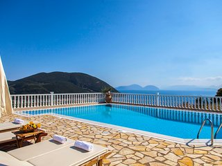 Amazing Views Of The Ionian Sea With Private Swimming Pool, Vasilikí