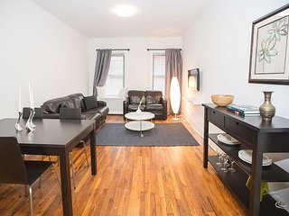 Midtown - United Nations - GRAND CENTRAL - MASSIVE 1 BED - CHARACTER - new 8589, Long Island City