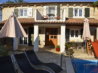 Charming HolidayHouse with 3 Bedrooms and private Pool
