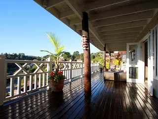 BEST location in Knysna for Magnificent Views of the Outeniqua Mountains.
