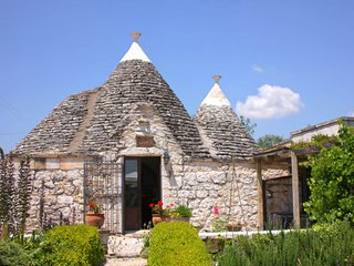 Quant Trullo home with countryside view