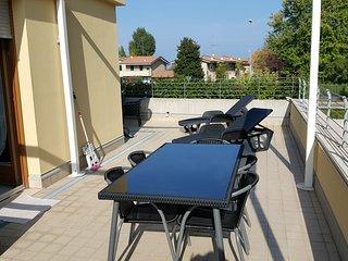 casa Elisa 70 metri quadri di terrazza, Sirmione
