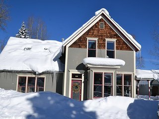 Luxury home in the heart of downtown Crested Butte!  Unparrelled location!