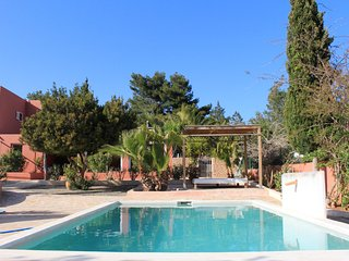 KM 5 Excellent location  3 bedroom villa garden pool BBQ close to Ibiza town, Sant Josep de Sa Talaia