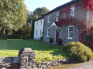 Lovely apartment on edge of Brecon Beacons, Trap, Llandeilo