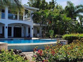 What a view! What a house! 2 bedrooms upstairs, private and spacious!, Playa Panama