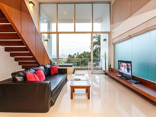 Seaview Duplex in Surin with Pool & Balcony!!! 408