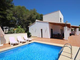 Luxurious & Secluded Villa - Private Pool, Walk to the Beach & Moraira: Villa Ampolla 2, La Llobella