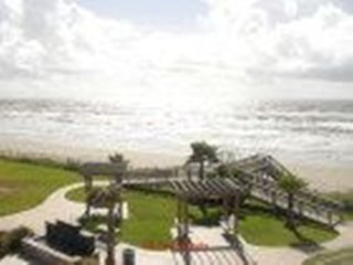 Beautiful Beach Front Condo #837427 ~ RA132820