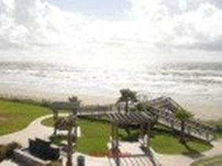 Beautiful Beach Front Condo #837427 ~ RA132820, Tiki Island