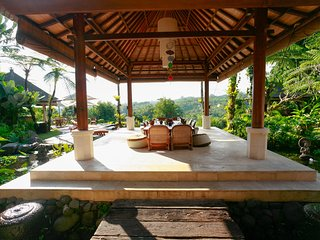 Heaven in Bali - White Orchid Room