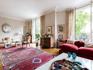 onefinestay - Avenue de Ségur private home, Paris