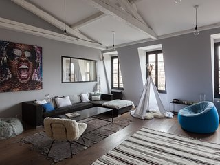 onefinestay - Avenue Sainte-Foy private home, Parijs