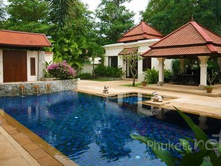 Spacious 4-Bed Family Pool Villa in Bangtao