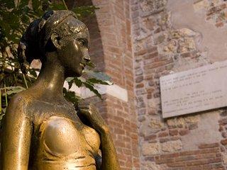 Residenza San Fermo è un appartamento di prestigio in pieno centro storico di VR, Verona