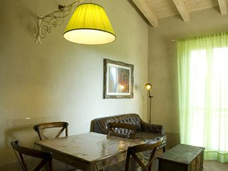 Le Versegge Apartment Sleeps 4 with Pool Air Con and WiFi - 5336597