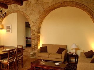 Camporbiano Apartment Sleeps 4 with Pool and WiFi - 5336628
