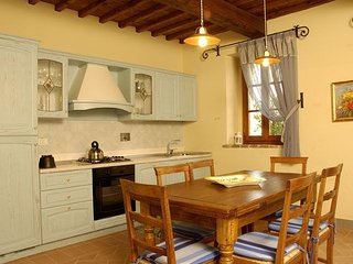 Camporbiano Apartment Sleeps 4 with Pool and WiFi - 5336629