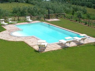 2 bedroom Apartment in Creti, Tuscany, Italy : ref 5336646