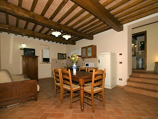 Montaperti Apartment Sleeps 3 with Pool and WiFi - 5336666