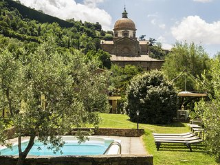 2 bedroom Villa in Cortona, Tuscany, Italy : ref 5336730