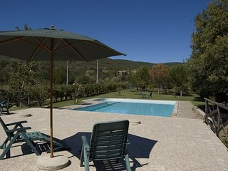 4 bedroom Apartment in Molino di Mezzo, Tuscany, Italy : ref 5336748