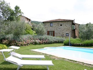 2 bedroom Apartment in Pieve Santo Stefano, Tuscany, Italy : ref 5336753