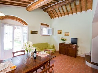 2 bedroom Apartment in Gaggioleto, Tuscany, Italy : ref 5336756