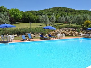 3 bedroom Apartment in Iano, Tuscany, Italy : ref 5336761