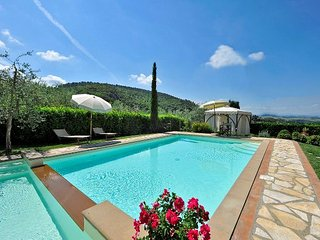 4 bedroom Villa in Iano, Tuscany, Italy : ref 5336583