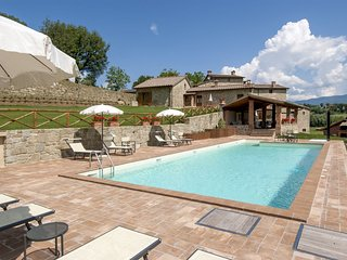 12 bedroom Villa in Quorle, Tuscany, Italy : ref 5336800