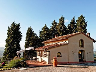 2 bedroom Villa in Bobolino, Tuscany, Italy : ref 5336590
