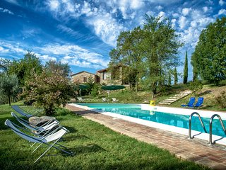 L'Ulivo, Family friendly holiday house with pool, San Venanzo