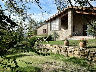 Melograno, Family friendly holiday house with pool