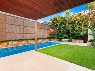 Designer house minutes from Sydney's best beaches!