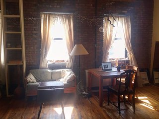 Loft in Old Piano Factory, 15 min to Midtown Manhattan, Bronx